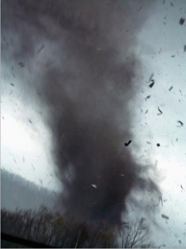 [Olympe] L'ascension [PV Grail] Saroma-tornado-pic