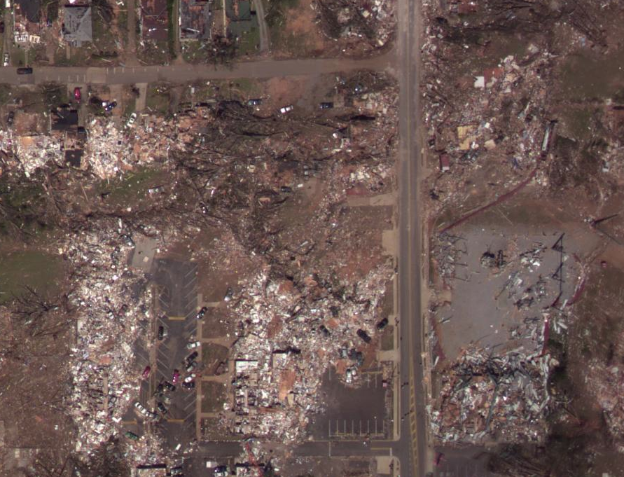 https://extremeplanet.files.wordpress.com/2012/07/tuscaloosa-ef5-damage-picture-1.png