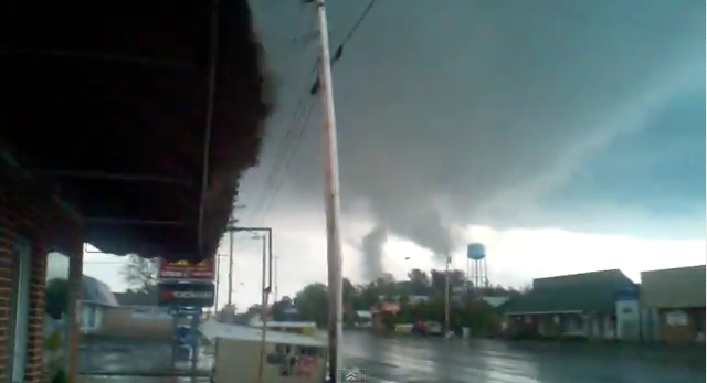 Amazing Damage Pictures from the EF5 Rainsville Tornado ...
