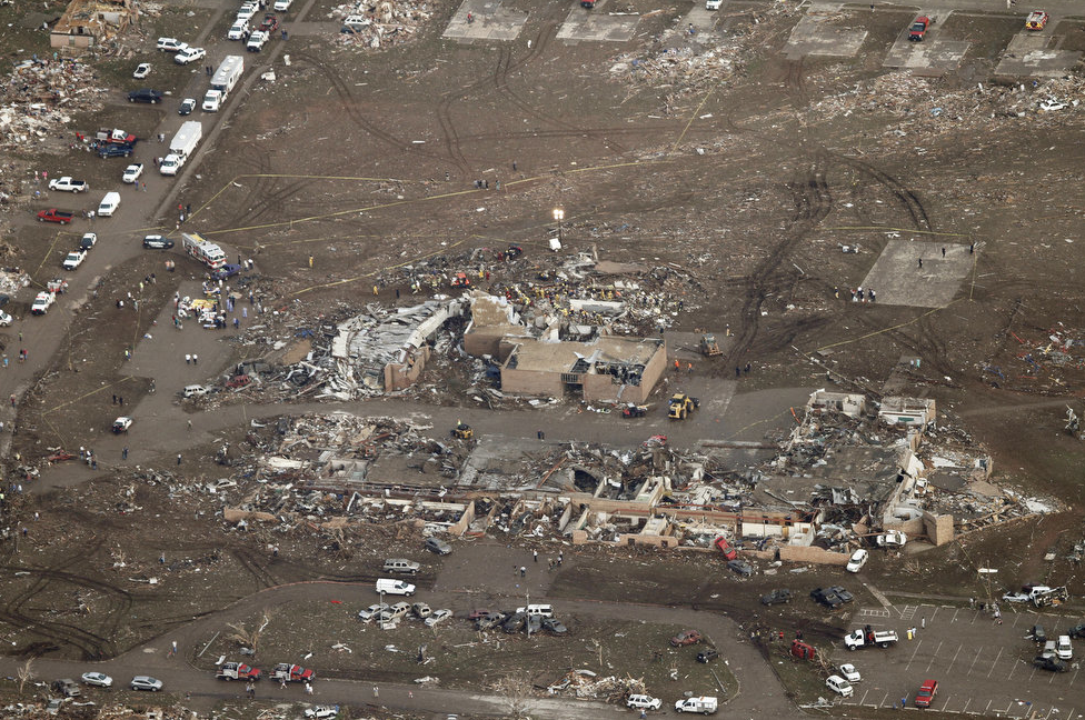 Ef5 Tornado Damage Before And After 2013 oklahoma city tor...