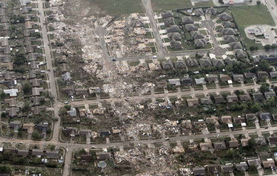 In eastern Moore, the tornado narrowed and left a streak of borderline EF5 damage. (Image by Steve Gooch)