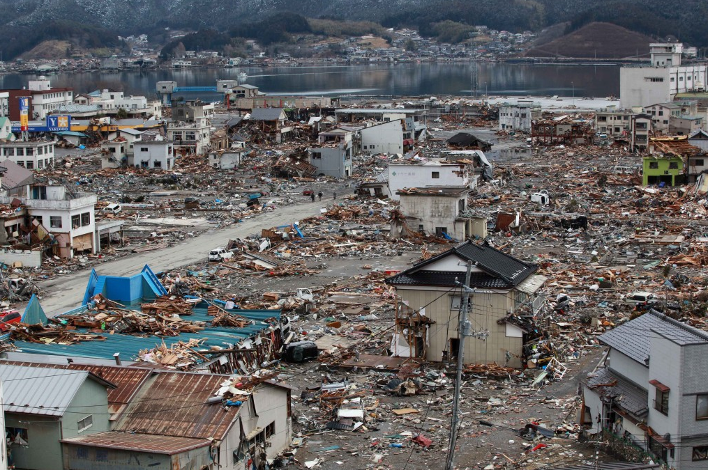 Asian tsunami pictures, valerie bertenelli nude